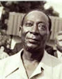 Jean-Baptiste Mockey, né le 4 avril 1915, pharmacien de profession, est un homme politique ivoirien. Il a occupé le poste de secrétaire général du PDCI-RDA en 1959, tout en étant vice-Premier ministre, le Premier ministre étant Félix Houphouët-Boigny.<br /><br />Jean-Baptiste Mockey est né le 4 avril 1915 à Nouamou (Adiaké) alors circonscription d'Aboisso en Côte d'Ivoire. Après des études à Grand-Bassam, à l'École Primaire Supérieur de Bingerville en Côte d'Ivoire puis à l'École Normale William Ponty de Dakar au Sénégal et enfin à l'École de Médecine et Pharmacie de cette même ville, il en était sorti avec le diplôme de pharmacien.<br /><br />Sa carrière de Pharmacien le fait officier à Abidjan, en Côte d'Ivoire (1936), puis à Bamako et Kayes, au Mali. Mobilisé de 1941 à 1947, il nommé chef-adjoint à la Pharmacie d'approvisionnement de Saint Louis du Sénégal, puis occupe le même poste à Abidjan en Côte d'Ivoire de 1948 à 1953. Jean-Baptiste Mockey entre alors en politique, il est attaché au Gouverneur Pierre Messmer comme adjoint au chef du service social pour l'éducation de base.<br /><br />En 1947, Jean-Baptiste Mockey est nommé conseillé territorial, puis vice-président de la commission permanente. Militant parmi les premiers, pour le Politique PDCI-RDA, Jean-Baptiste Mockey est arrêté et emprisonné à Bassam en février 1949, acquitté en 1951, Jean-Baptiste Mockey, est fait secrétaire administratif du PDCI-RDA en 1956, et est élu la même année Maire de la ville de Grand-Bassam.<br /><br />En 1956 et 1957, Jean-Baptiste Mockey se rapproche du secrétariat de Félix Houphouët-Boigny alors ministre du gouvernement Français en Côte d'Ivoire. Puis il prend du recul vis-à-vis de l'administration Publique, se recentre sur son officine de pharmacie et entame une tournée politique moins conventionnelle et qui le fera particulièrement remarqué. En Mai 1957, Félix Houphouët-Boigny, alors premier ministre, choisit Jean-Baptiste Mockey comme vice Premier Ministre chargé du mini
