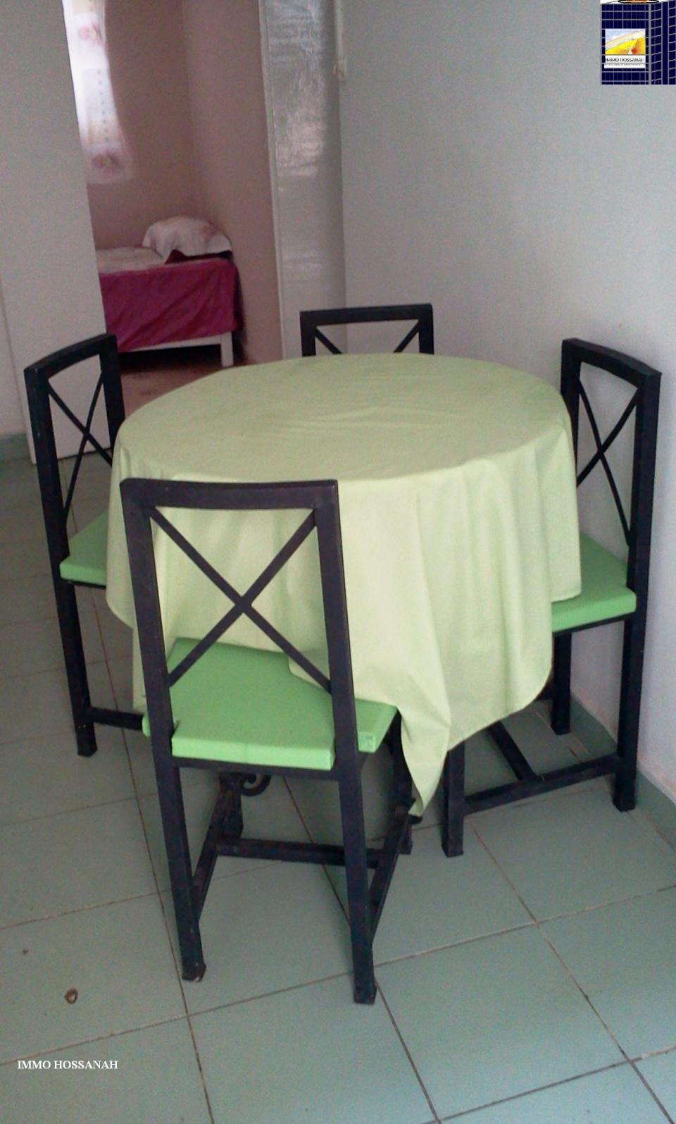 Bienvenue sur votre Agence Immobilière IMMO HOSSANAH , nous vous invitons à visiter notre Site Web :www.immohossanah.com <br />APPARTEMENT T3 CONFORT MEUBLE A LOUER A OUEST ANTANIMORA Réf:LAM 3010999<br />Appartement confort de type T3 meublé et équipé, au réez de chaussé, sis au bord de route, dans un quartier résidentiel, bien clôturé, sécurisé, comprenant :<br />_Un living avec salon,table à manger <br />_Une chambre placardée avec un lit deux places, TV<br />_Une chambre avec un lit super pose <br />_Une cuisine équipée avec frigo et réchaud à gaz..<br />_Une salle de bain avec eau chaude et toilette <br />- Compteur Eau et électricité indépendant <br />Loyer par mois en Ariary :650 000 <br />IMMO HOSSANAH - Agence Immobilière <br />_Droit première visite : 10 000Ar Après la première visite seront gratuites<br />_Honoraire d'agence : (-)1 mois 25%25 ,(+)1 mois 75%25 du loyer mensuel, payable au comptant à la signature du bail<br />Telephone: 00 26133 91 834 98<br />Site Web :www.group.hossanah.com <br />Email: immohossanah@gmail.com<br />Facebook:IMMO HOSSANAH <br />Adresse:V24 Alasora Antananarivo Madagascar